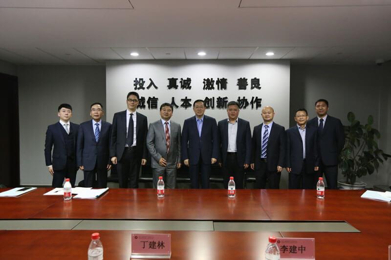 中国民生银行党委书记、行长郑万春一行莅临杭州调研指导